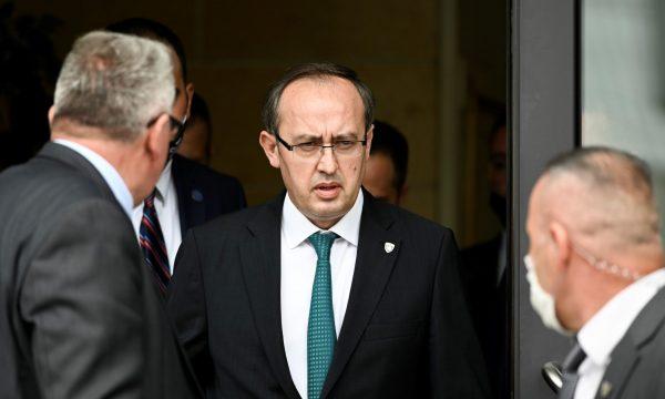 Κοσσυφοπέδιο: Τηλεδιάσκεψη με τους επικεφαλής ασφαλείας είχε o Hoti