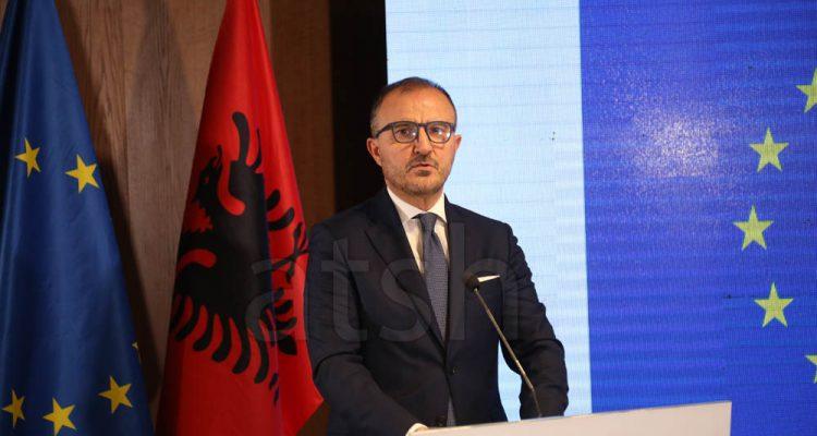 Αλβανία: Τα πολιτικά κόμματα να επικεντρωθούν στα προγράμματα και τις μεταρρυθμίσεις, ζήτησε ο Soreca