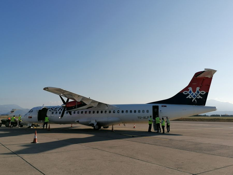 Μαυροβούνιο: Οι πρώτοι επιβάτες προσγειώθηκαν από το Βελιγράδι