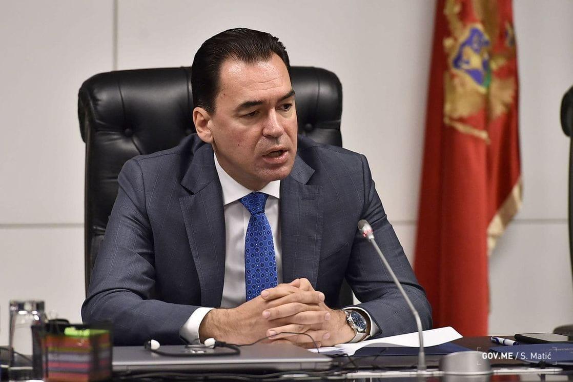Μαυροβούνιο: Το κράτος βρίσκεται σε σταυροδρόμι, λέει ο Pažin