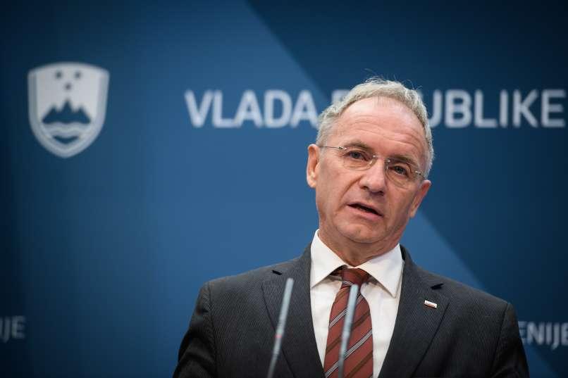 """Είναι επίσημο: Η Σλοβενία συμπεριέλαβε την Κροατία στην """"κόκκινη λίστα"""" για τον COVID-19"""