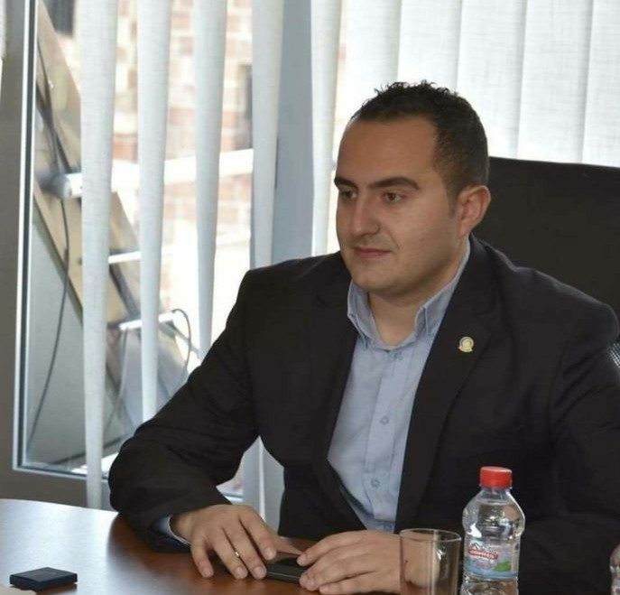 Βόρεια Μακεδονία: Η κυβέρνηση ολοκληρώθηκε με τον Shaqiri ως Υπουργό της Κοινωνίας της Πληροφορίας και Διοίκησης