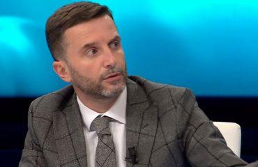Αλβανία: Η μεγάλη φυγή των Αλβανών έγινε με κυβέρνηση PD-LSI, σύμφωνα με τον Braçe
