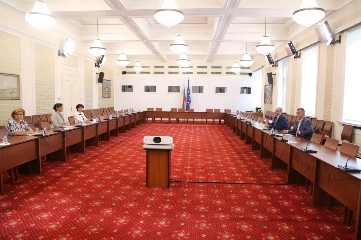 Βουλγαρία: VMRO και NFSB εξέφρασαν την υποστήριξη τους στην πρόταση του για το Σύνταγμα