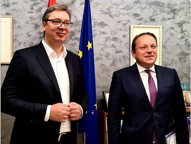 Σερβία: Συνεχίζει τις επαφές του ο Vučić στις Βρυξέλλες