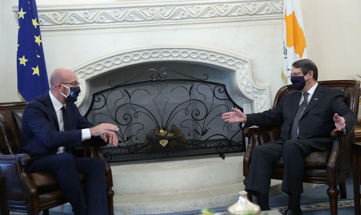 Κύπρος: Τηλεφωνική επικοινωνία Αναστασιάδη-Michel