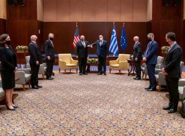 Ελλάδα: Αλλαγή ρητορικής ή αλλαγή πολιτικής ανάμεσα στα τρία κείμενα των Κοινών Δηλώσεων για Ελληνοτουρκικά και EastMed
