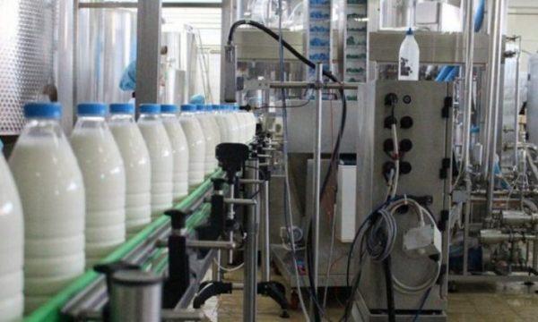 Κοσσυφοπέδιο: Συνάντηση γαλακτοπαραγωγών με τον Hoti, πριν την προγραμματισμένη διαμαρτυρία τους