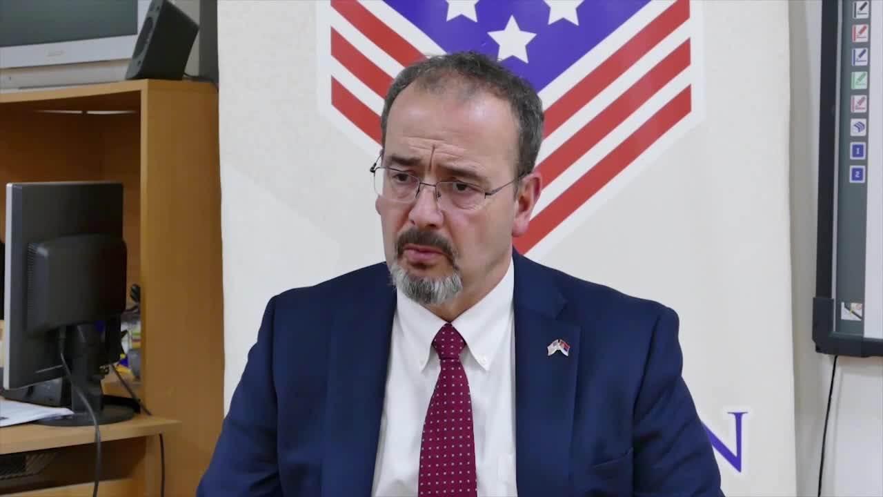Godfrey: Είναι δυνατή μια συμβιβαστική λύση μεταξύ Βελιγραδίου-Πρίστινα σε ένα δυο χρόνια
