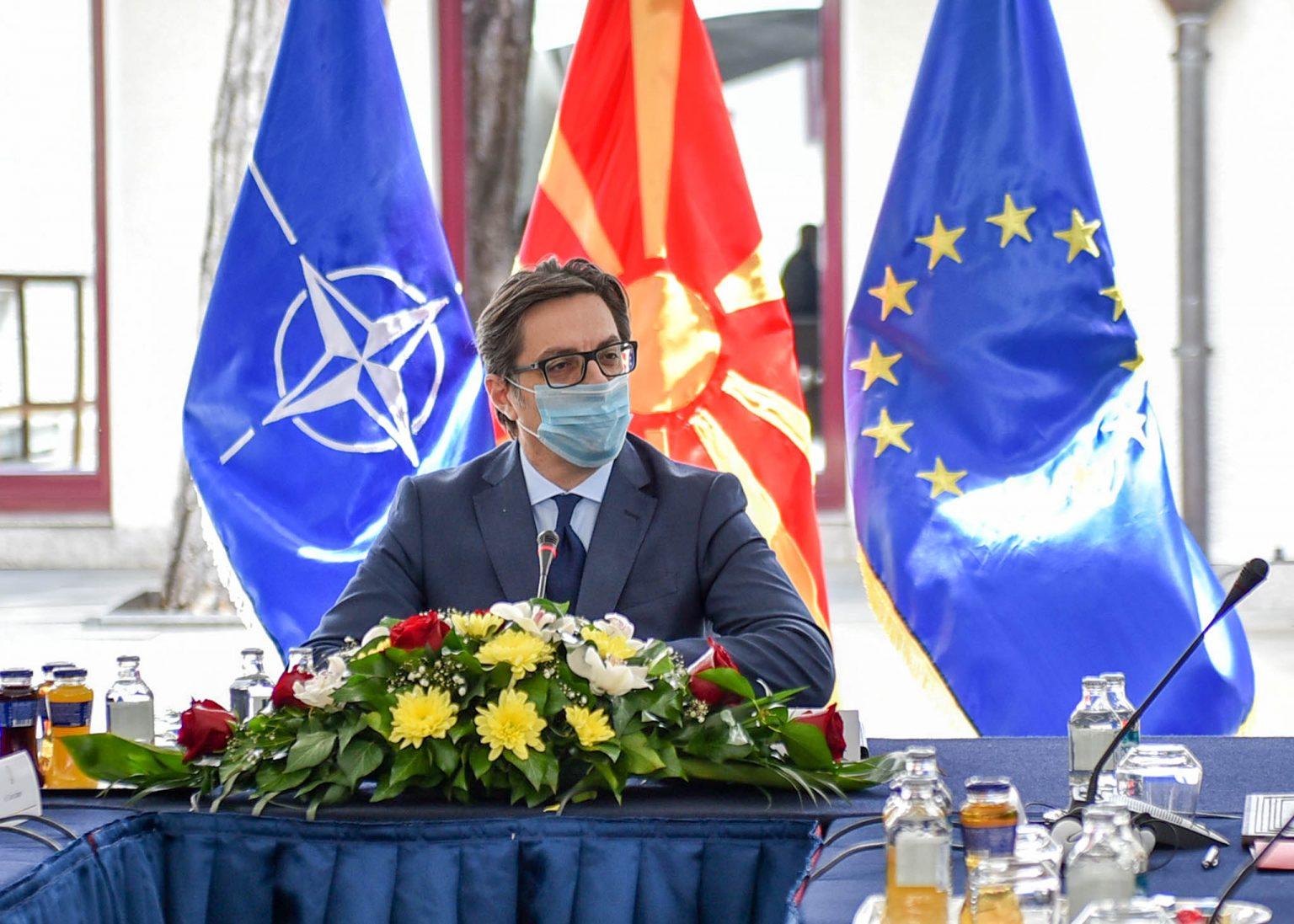 Βόρεια Μακεδονία: Pendarovski και Lajcak συναντήθηκαν στη Μπρατισλάβα