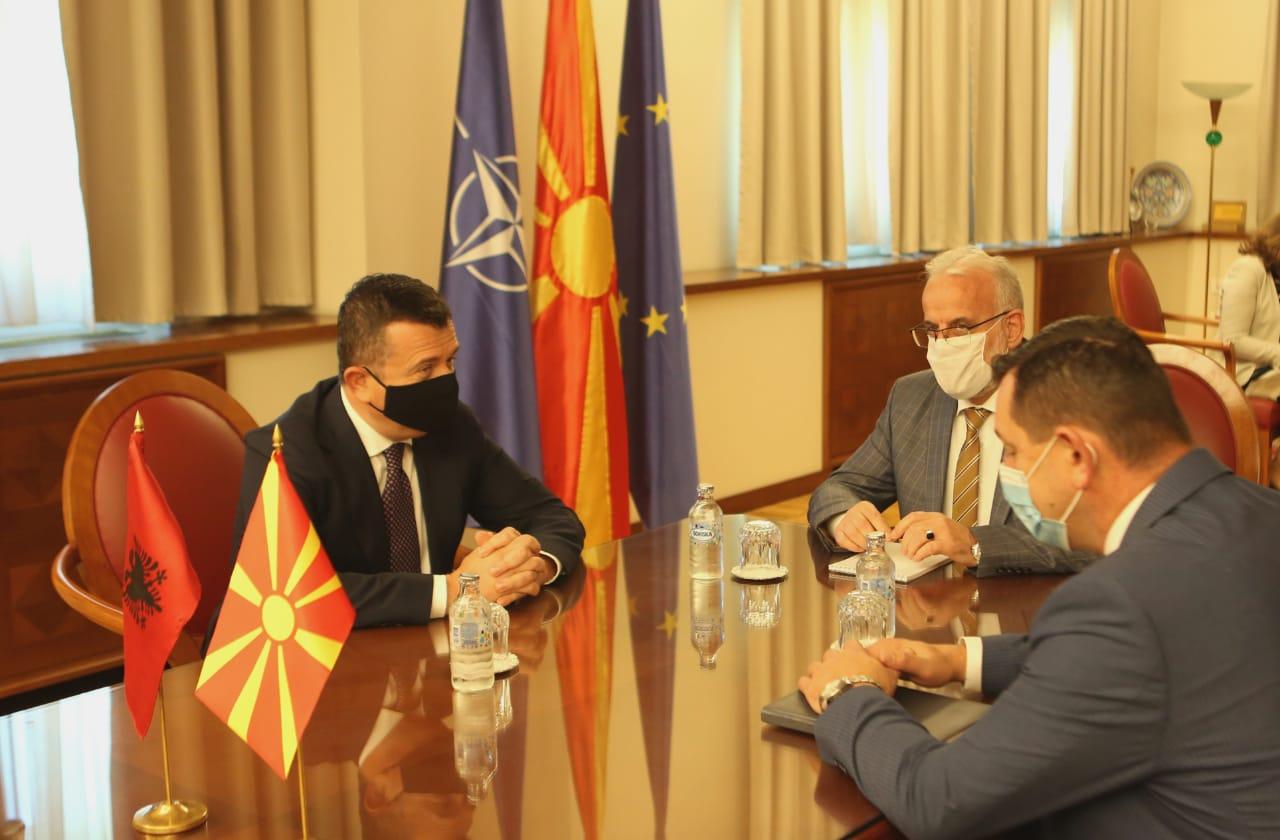 Balla: Ενθάρρυνση αλβανικών επενδύσεων στη Βόρεια Μακεδονία