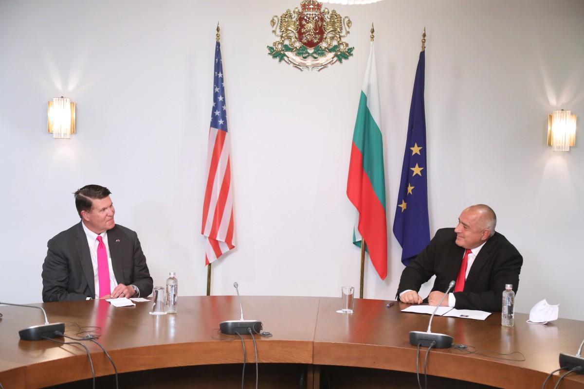 Βουλγαρία: Συνομιλίες Borissov-Krach για 5G και F-16