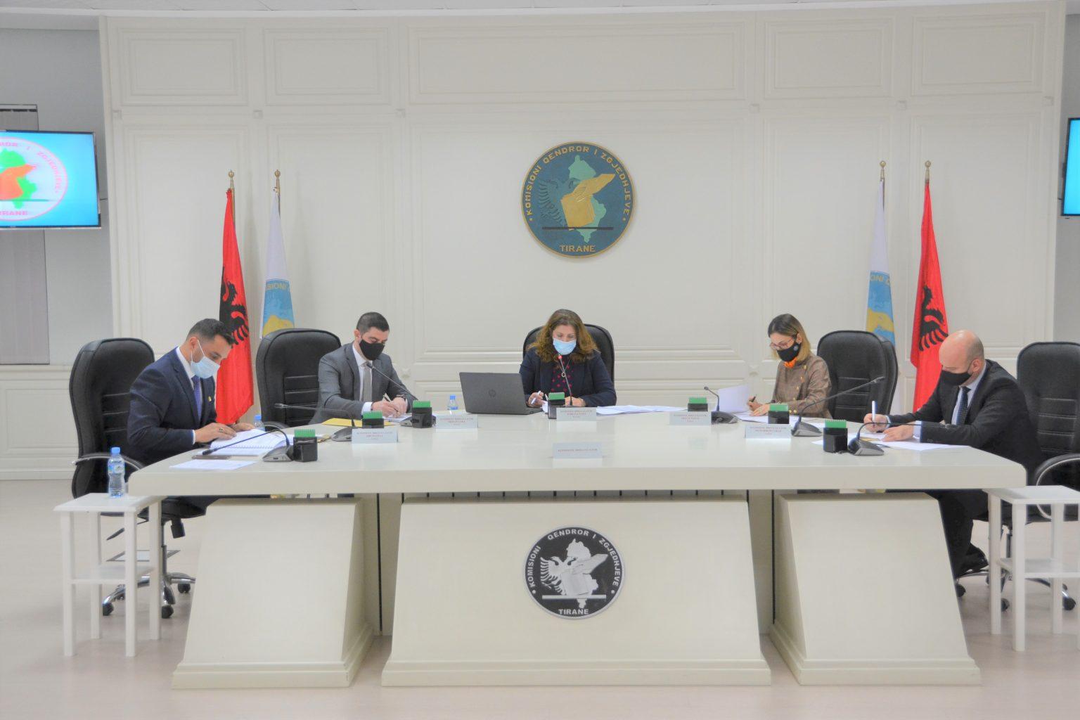 Αλβανία: Εγκρίθηκε ο τύπος των ηλεκτρονικών συστημάτων για τις εκλογές της 25ης Απριλίου