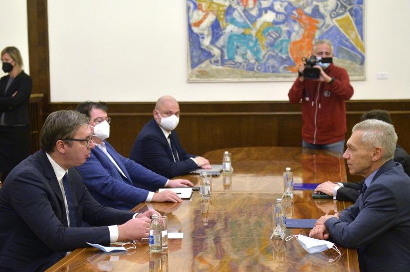 Σερβία: Συνάντηση Vučić με τον Ρώσο Πρέσβη