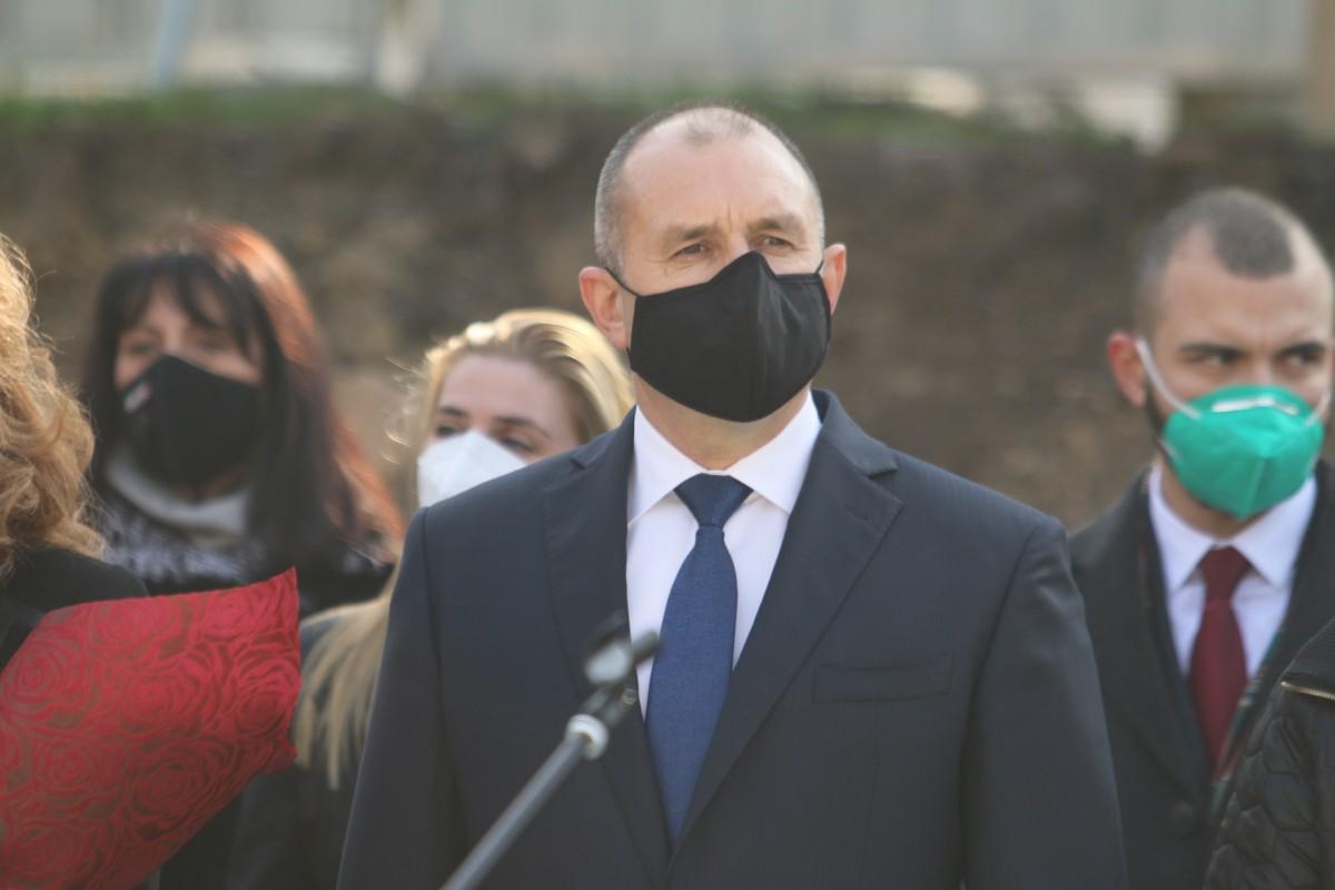 Radev: Η Βουλγαρία πρέπει να συμφωνήσει με τη Δημοκρατία της Βόρειας Μακεδονίας μετά την εκρίζωση της ρητορικής μίσους