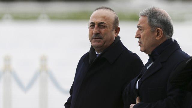 Τουρκία: Στην Ουκρανία Akar- Cavusoglu