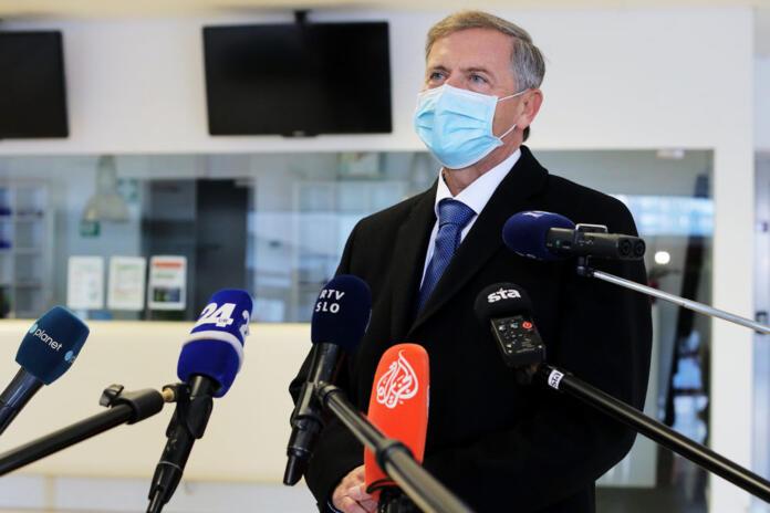 Σλοβενία: Ορατός ο κίνδυνος πολιτικής κρίσης μετά την αποχώρηση του DeSUS από τον κυβερνώντα συνασπισμό
