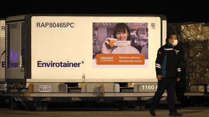 Τουρκία: Έφτασαν 3 εκ. δόσεις του εμβολίου SinoVac Biotech