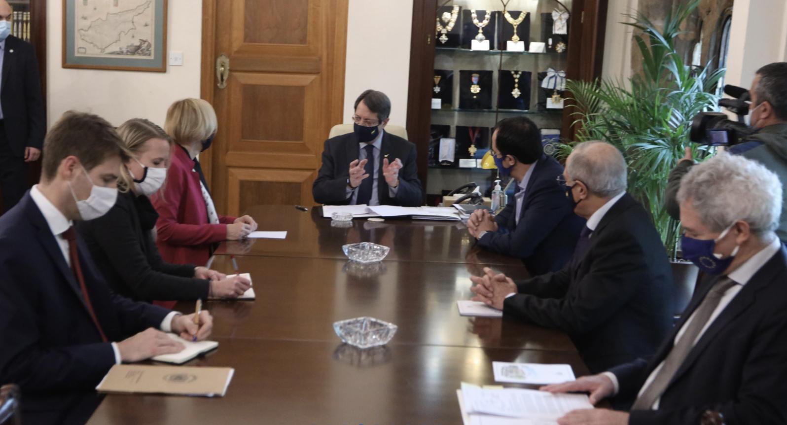 Κύπρος: Συναντήθηκε ο Αναστασιάδης με την Spehar για την ΟΥΝΦΙΚΥΠ