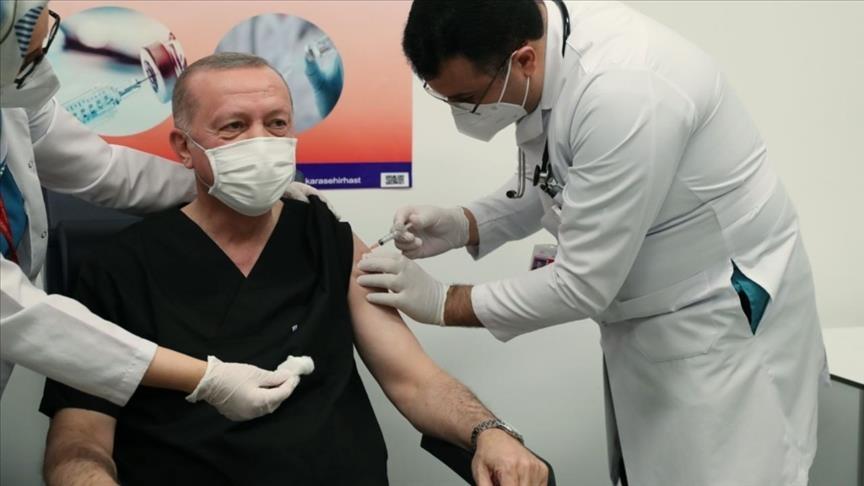 Τουρκία: Ξεκίνησε η εθνική εκστρατεία εμβολιασμού. Εμβολιάστηκε ο Erdogan