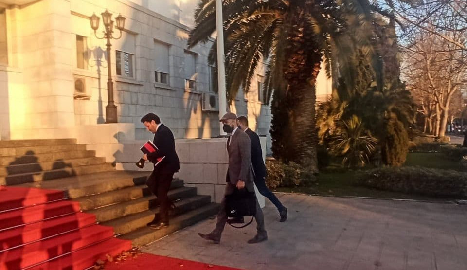 Μαυροβούνιο: Đukanović, Abazović και Radulović συζήτησαν την ανάκληση των πρεσβευτών