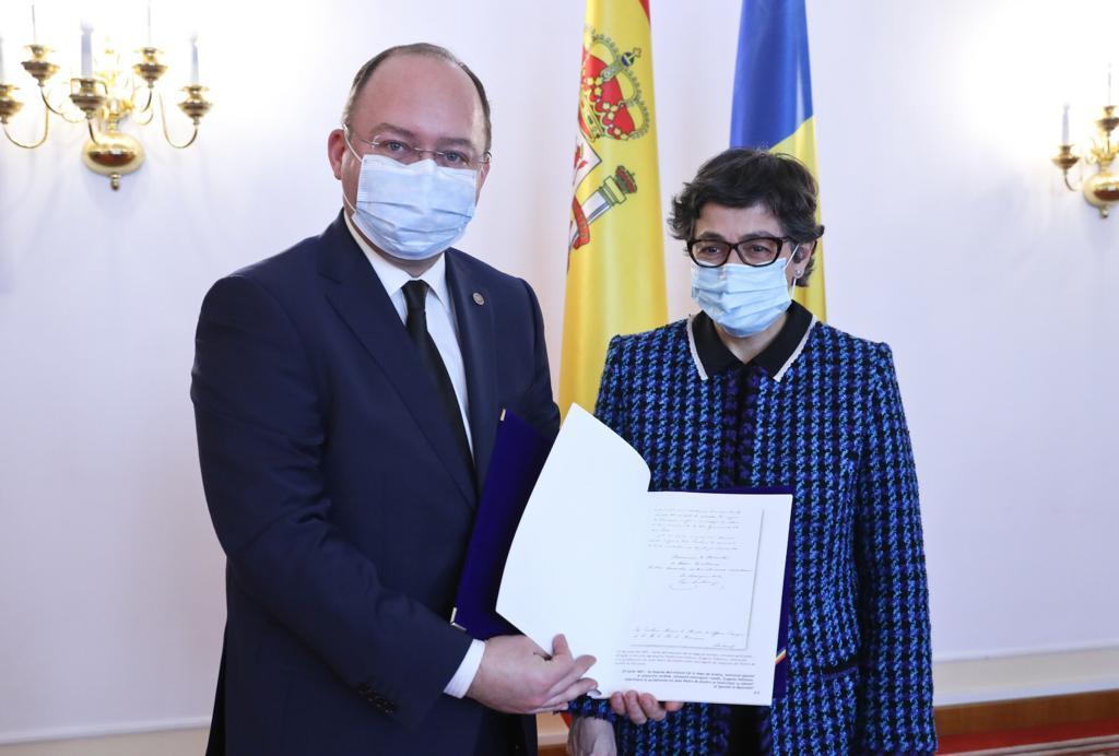 Ρουμανία: Την Ισπανίδα Υπουργό Εξωτερικών υποδέχτηκε ο Aurescu