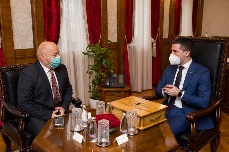 Μαυροβούνιο: Ο Bečić παρέλαβε τα πρότυπα εθνικών συμβόλων του λαού της Κροατίας στο Μαυροβούνιο