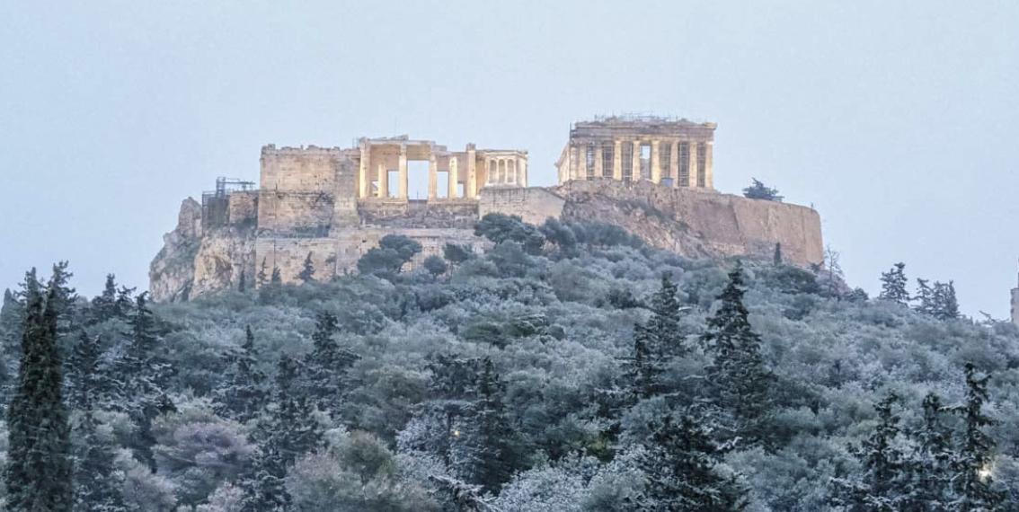 Ελλάδα: Σφοδρή κακοκαιρία με χιόνια και στην Αθήνα