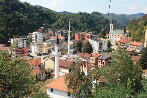 Β-Ε: Τα Βοσνιακά κόμματα θα απέχουν από τις επαναληπτικές εκλογές στη Σρεμπρένιτσα