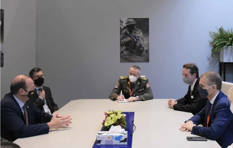 Σερβία: Με τους ΥΠΑΜ Κύπρου και ΗΑΕ συναντήθηκε ο Stefanovic στο Αμπού Ντάμπι