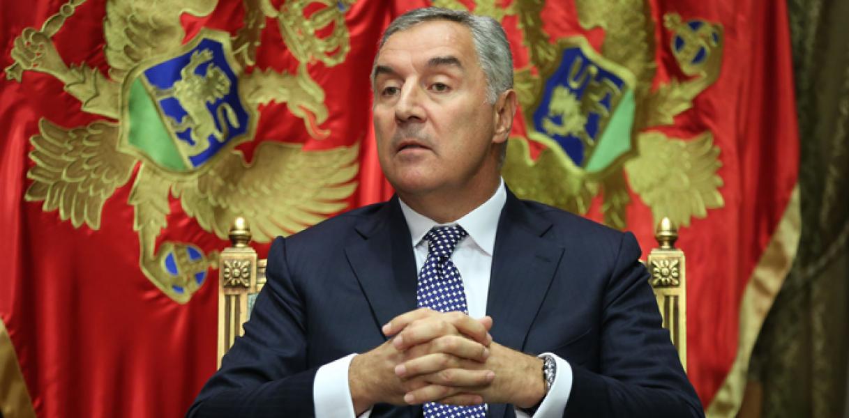 Đukanović: «Η Σερβία εργάζεται με απίστευτη επιμονή εις βάρος της»