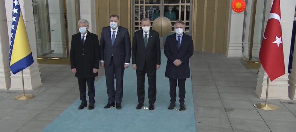 B-E: Επίσκεψη των Μελών της Προεδρίας στην Τουρκία