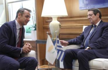 Ελλάδα και Κύπρος υποστηρίζουν πλήρως τις προσπάθειες του ΓΓ των ΗΕ για την επανέναρξη των συνομιλιών για το Κυπριακό