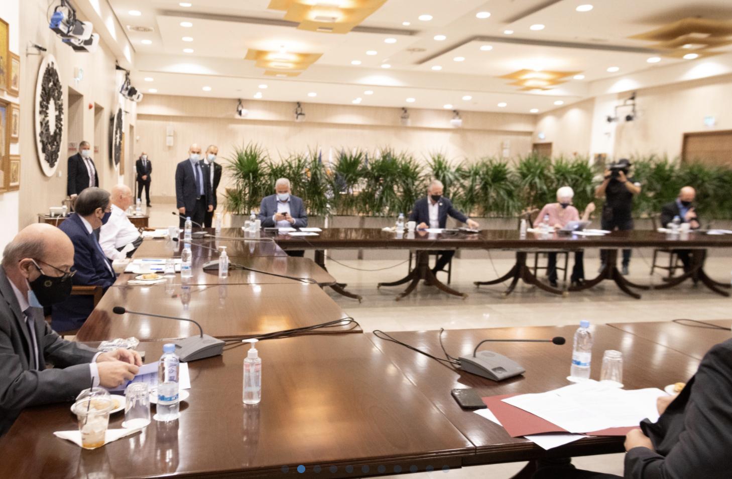 Κύπρος: Ενημέρωσε τα μέλη του Εθνικού Συμβουλίου ο Αναστασιάδης