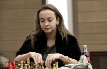Βουλγαρία: Την GM στο σκάκι Stefanova πρότεινε για Πρωθυπουργό ο Trifonov. Πολιτικά δειλό τον χαρακτήρισε ο Borissov