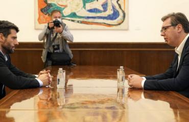 Σερβία: Vučić και Šapić συζητούν την ενοποίηση SNS και SPAS