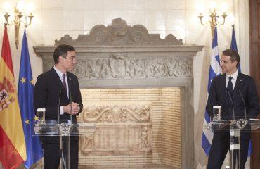 Ελλάδα: Συνάντηση Μητσοτάκη Sanchez