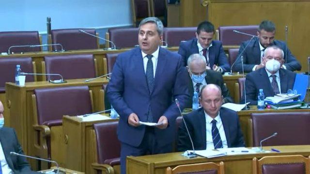 Μαυροβούνιο: Το Δημοκρατικό Μέτωπο θα καταθέσει πρόταση μομφής για τον Πρόεδρο Đukanović