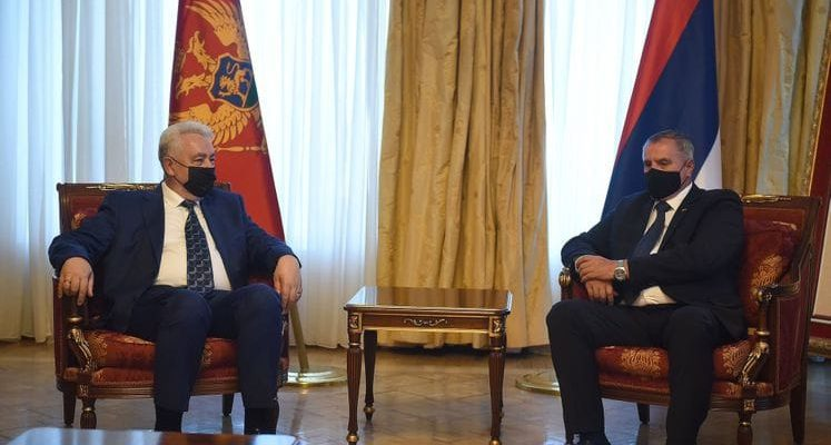 Ο πρωθυπουργός του Μαυροβουνίου συνεχίζει την επίσημη επίσκεψη στη Β-Ε