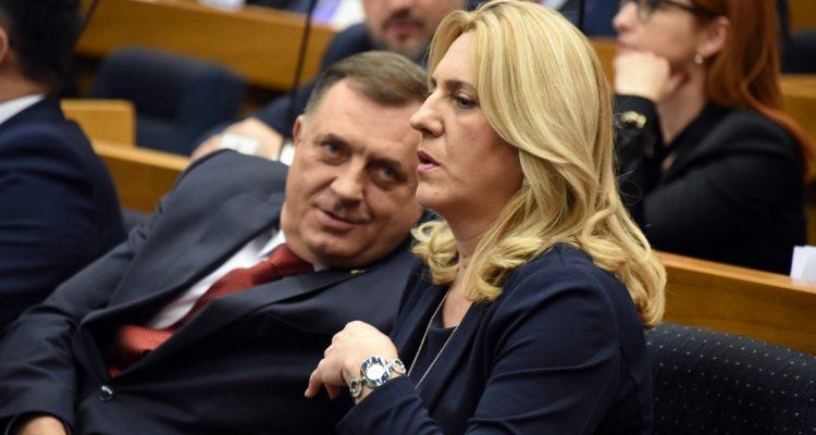 Β-Ε: Ο κυβερνών συνασπισμός της Σερβικής Δημοκρατίας ενάντια στο διορισμό του Schmidt