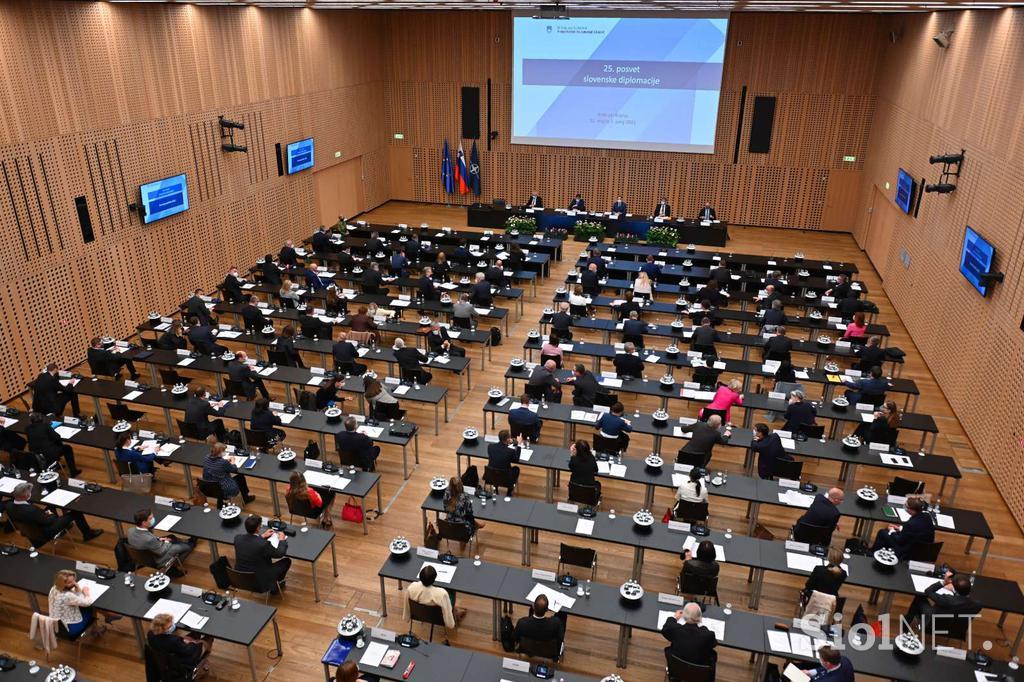 Σλοβενία: Οι διπλωμάτες ξεκινούν διήμερες διαβουλεύσεις