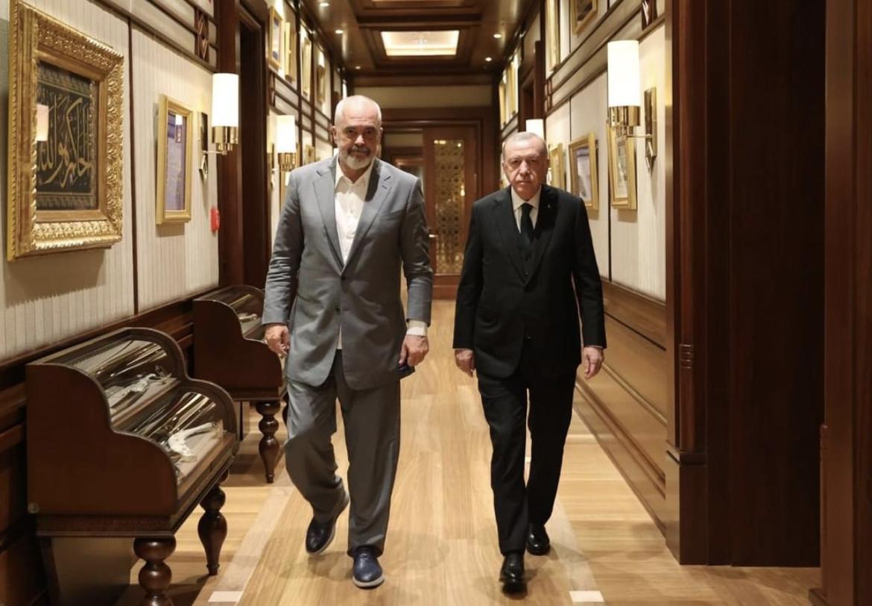 Τουρκία: Ο Erdoğan συναντήθηκε με τον Rama