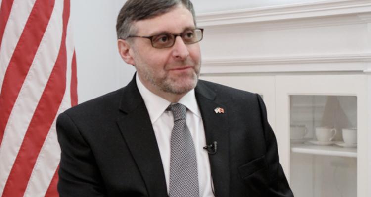 Palmer: Kurti και Vucic μπορούν να υπογράψουν τη συμφωνία Κοσσυφοπεδίου-Σερβίας φέτος