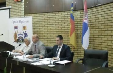 Σερβία: Απόλυτα κυρίαρχο το SNS στις τοπικές εκλογές στους δήμους Merošina, Vranje και Raška