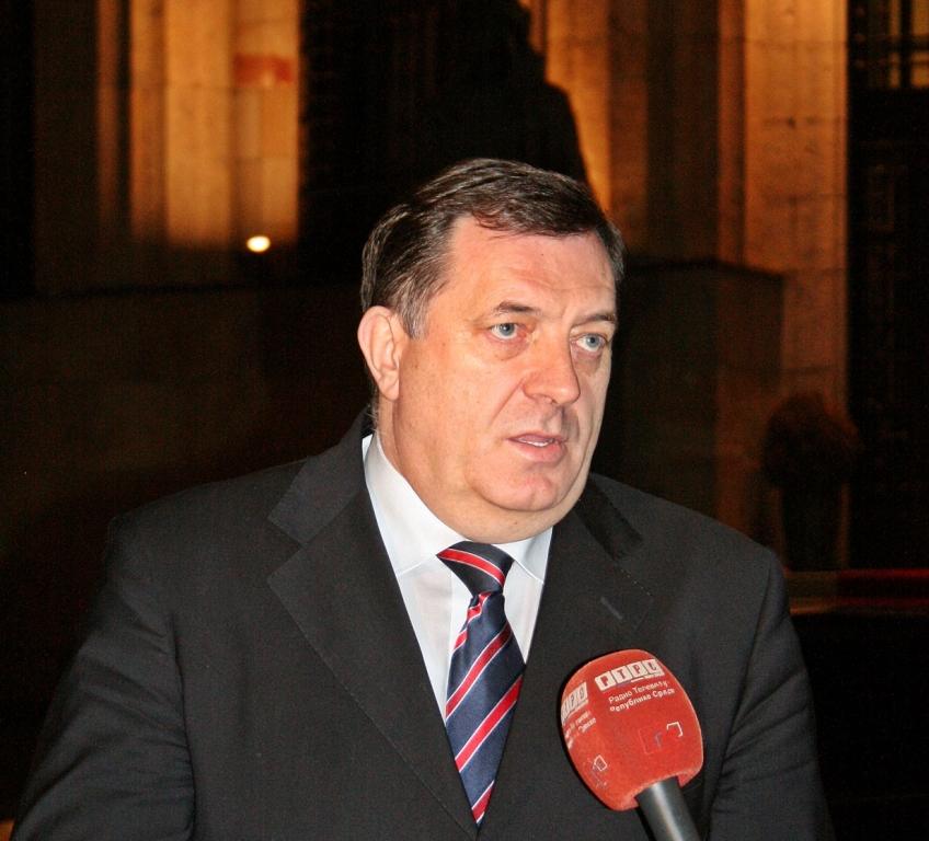 Β -Ε: Ο Dodik επιβεβαίωσε ότι κλήθηκε να δώσει διευκρινήσεις σχετικά με την άρνηση της γενοκτονίας