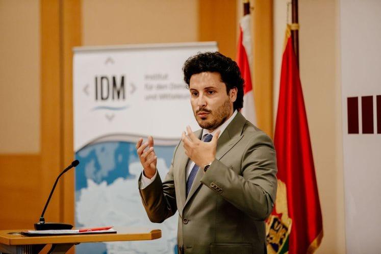 Abazović: Το όραμά μου είναι μια νέα εποχή του Μαυροβουνίου