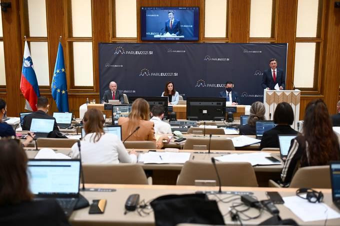 Σλοβενία: Η ΕΕ δεν θα αναγνωρίσει τη νέα κυβέρνηση του Αφγανιστάν, λέει ο Borrell