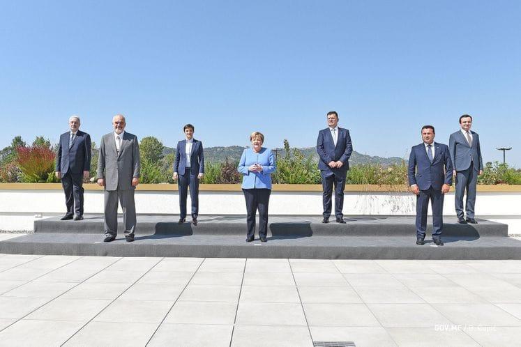 Το Μαυροβούνιο πιο κοντά στην ΕΕ