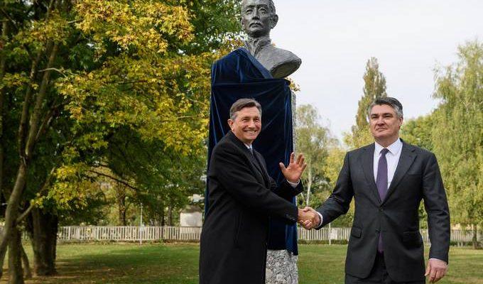 Ο πρόεδρος της Σλοβενίας Pahor και ο πρόεδρος της Κροατίας Milanović αποκάλυψαν μνημείο του Ljudevit Gaj στη Λιουμπλιάνα