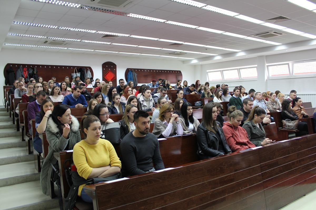 Socijalni radnici na godišnjem skupu u Banja Luci ukazali su na važnost međuljudskih odnosa